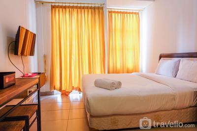 Elegant Studio Saveria Apartment By Travelio
