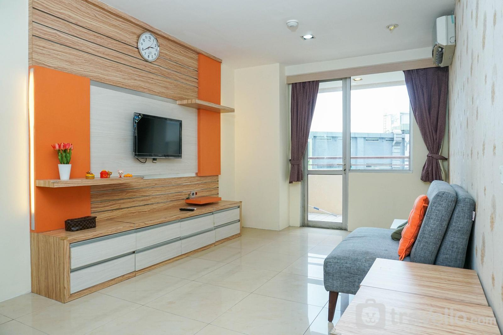 Paladian Park Kelapa Gading - Modern and Spacious 2BR Apartment at Paladian Park By Travelio