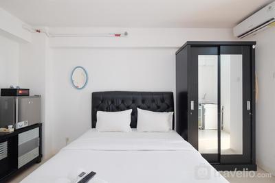Comfort Living Bassura City Studio Apartment near Mall By Travelio