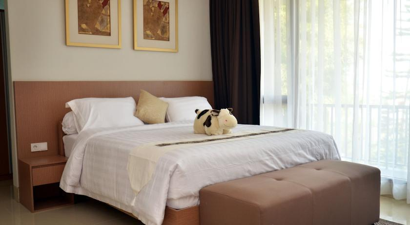 Indah Villa Dago Private Pool - 4 Bedrooms