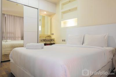 Sea View Japanese Style 1 BR Apartment at Ancol Mansion for 4 Pax By Travelio