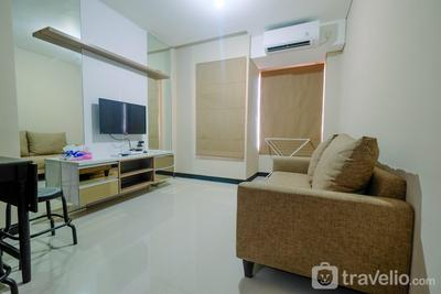 Comfy 2BR Apartment at Nifarro Park Pasar Minggu By Travelio