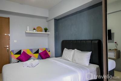 Minimalist Studio at Bintaro Park View Apartment By Travelio