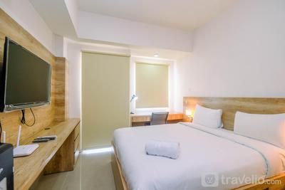 Minimalist Mustika Golf Residence Studio Apartment with City View By Travelio