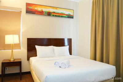 1BR Queen Bed at Ancol Marina Apartment near Dufan By Travelio