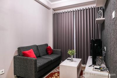 Homey and Comfy 1BR Signature Park Grande Apartment By Travelio