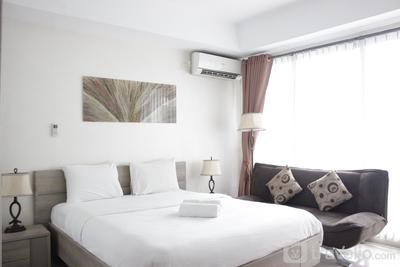 Pleasant Studio Room at Beverly Dago Apartment near ITB By Travelio