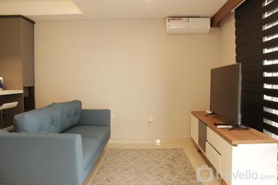 Modern Elegant 2BR Apartment Tamansari Tera Residence By Travelio