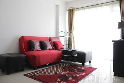 Compact and Minimalist 2BR Apartment at Gateway Pasteur By Travelio
