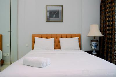 Modern and Luxurious 2BR Dharmawangsa Essence Apartment By Travelio