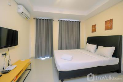 Studio Kebayoran Icon Apartment near Gandaria City Mall By Travelio