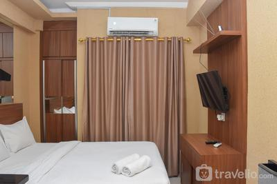Good Choice Studio at Green Pramuka Apartment near Shopping Center By Travelio