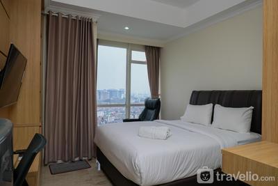 Elegant Studio at Menteng Park Apartment By Travelio