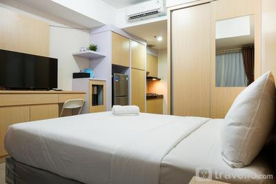 Comfy Studio Oasis Cikarang View Garden Apartment By Travelio