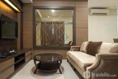 Modern 2BR Apartment at 1 Park Residence with Maid Room By Travelio
