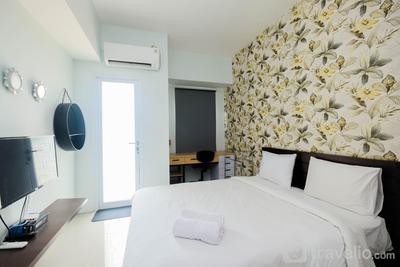 Brand New Furnished Studio Apartment at Tamansari Mahogany By Travelio