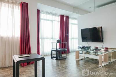Cozy Living 1BR at Pakubuwono Terrace Apartment By Travelio