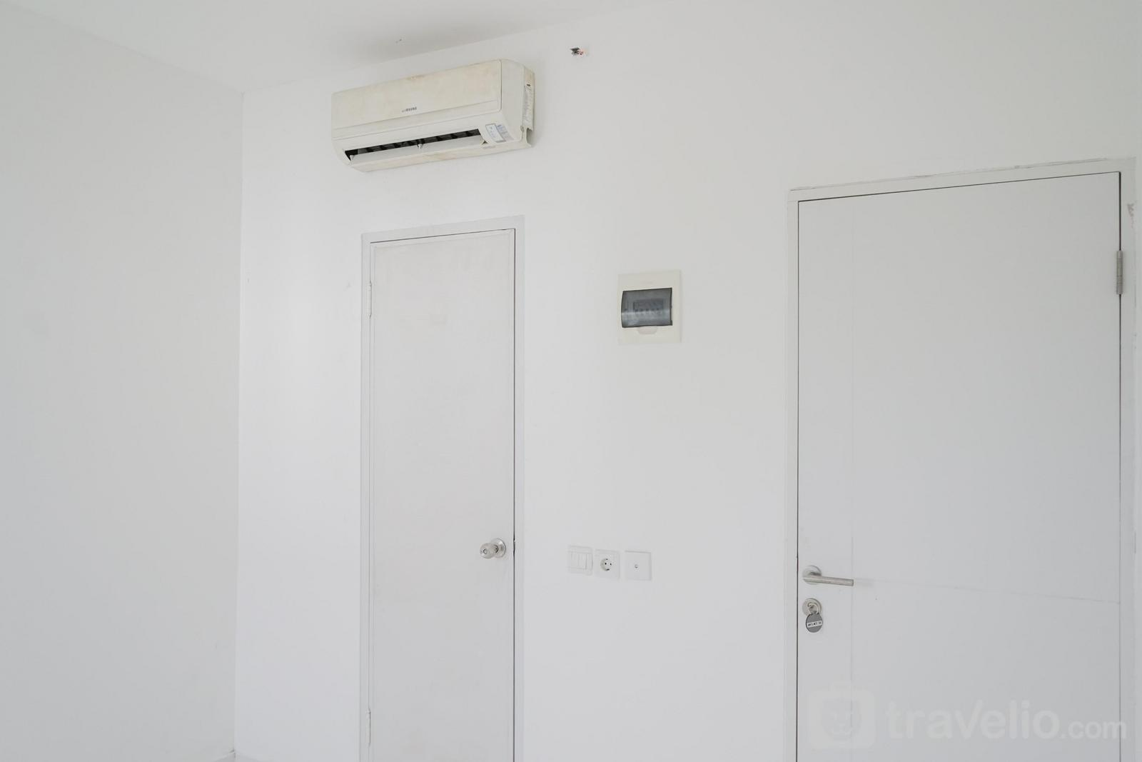 Apartemen Aeropolis Residence - Unfurnished Studio with AC at Aeropolis Residence Apartment By Travelio