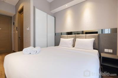 Modern and Cozy Studio Apartment at Taman Anggrek Residence By Travelio