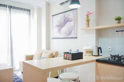 Fully Furnished and Comfortable 1BR Asatti Apartment By Travelio