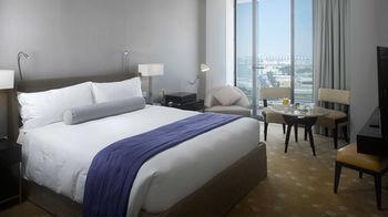 InterContinental Residences Suites Dubai Festival City