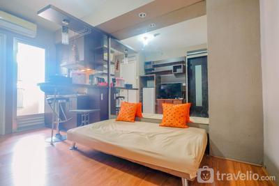Strategic 2BR at Kalibata City Apartment By Travelio