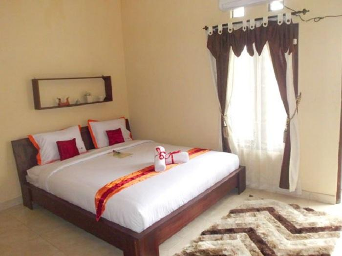 Simply Homy Guest House Monjali 3 - 3 Bedroom