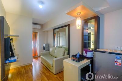 Full Parquet @ 2BR Springlake Bekasi Apartment By Travelio