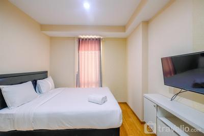 Comfy Relaxing Studio Apartment Azalea Suites Cikarang By Travelio