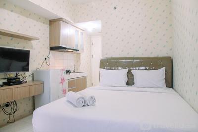 Cozy Stay Studio at Springlake Summarecon Bekasi Apartment By Travelio