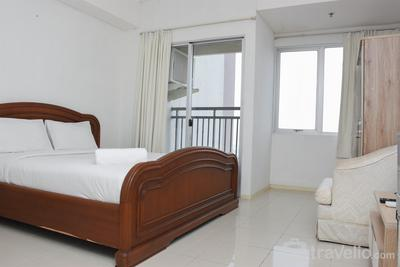 Classic Studio Cosmo Terrace Apartment at Thamrin City By Travelio