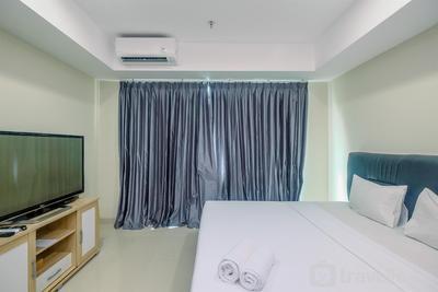 Cozy with Minimalist Style Studio Apartment Nine Residence By Travelio