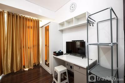 Comfy Studio Puri Orchard Apartment By Travelio