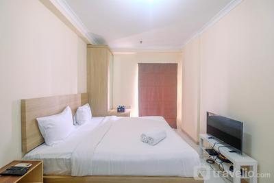 Strategic Place with Cozy Place Apartment @ Studio Signature Park Tebet By Travelio