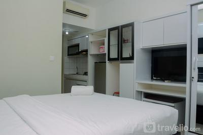 Comfy and Homey Studio at Springlake Summarecon Bekasi Apartment By Travelio