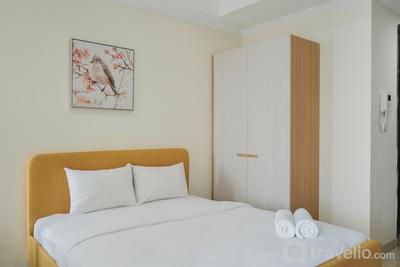 New Furnished and Exclusive Studio at Menteng Park Apartment By Travelio