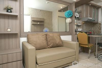 Cozy 2BR Apartment at Green Bay Pluit By Travelio