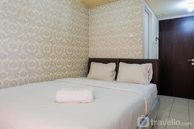 Fully Furnished Studio at Serpong Greenview Apartment By Travelio
