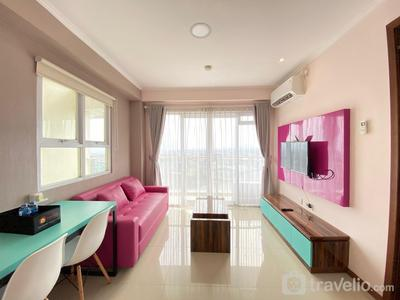 Modern & Cozy 2BR at Gateway Pasteur Apartment By Travelio