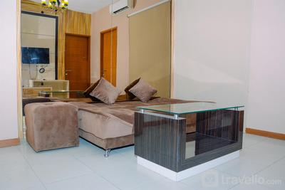 Warm and Cozy 2BR Apartment at Gading Greenhill By Travelio