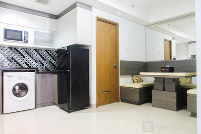 1BR with Working Space The Oasis Apartment Cikarang By Travelio