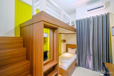 Cozy Studio with Bunk Bed at Dave Apartment near UI By Travelio