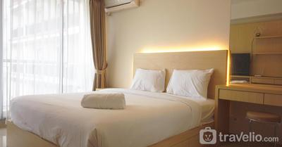 Strategic Studio Apartment at Beverly Dago with Mountain View By Travelio