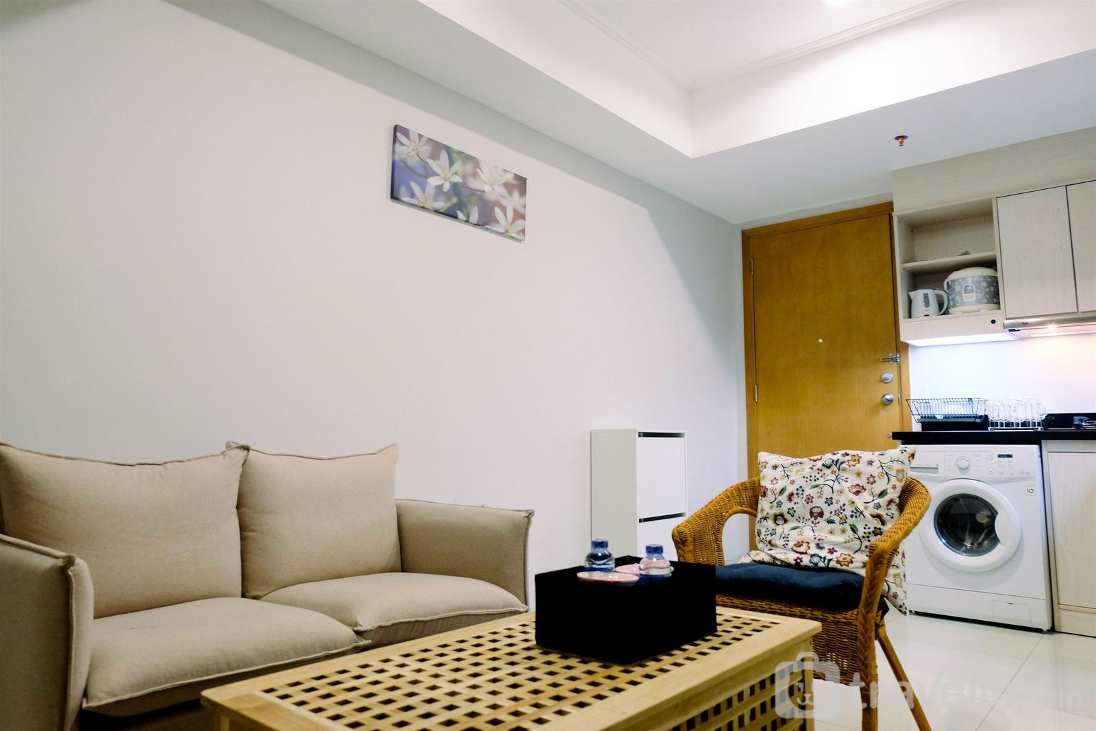 The Mansion Kemayoran - Comfy 2BR The Mansion Apartment Kemayoran By Travelio
