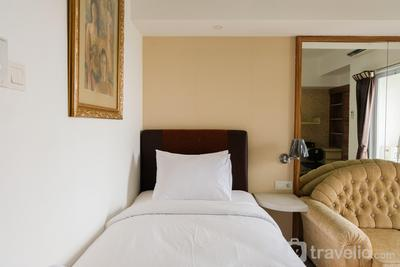 Strategic Studio Skyline Apartment near Summarecon Mall Serpong By Travelio