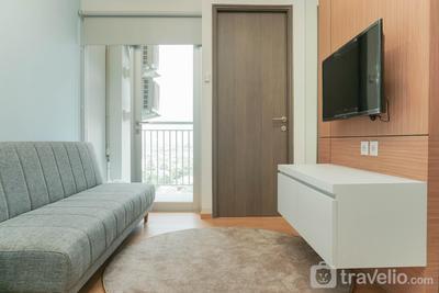 Gorgeous 2BR Emerald Bintaro Apartment By Travelio