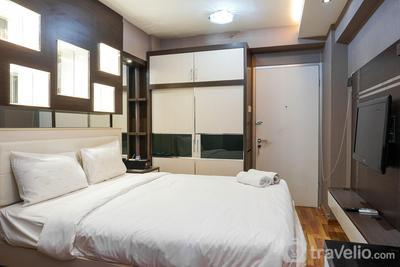 Comfortable Studio @ Green Bay Pluit Apartment By Travelio