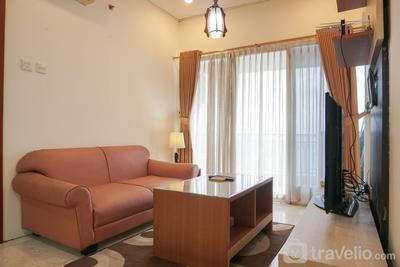 Homey and Modern with City View 2BR Poins Square Apartment By Travelio