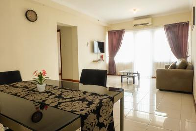3BR Grand Palace Kemayoran Apartment In Business District Near JIEXPO/PRJ By Travelio