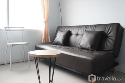 Quite 2BR Apartment at The Jarrdin Cihampelas By Travelio